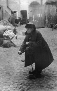 Ленинградский школьник дает сигнал воздушной тревоги!!!